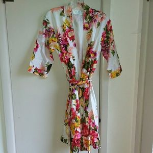 Floral robe/pool cover-up, size XS/S